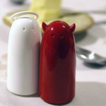 SPICIES Salt & Pepper Set Devil & Angel Koziol